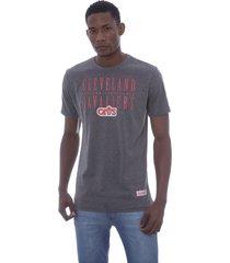 camiseta mitchell & ness defense cleveland cavaliers cinza - cinza - masculino - dafiti
