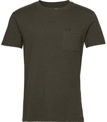 ultimate pocket tee t-shirts short-sleeved grön lee jeans