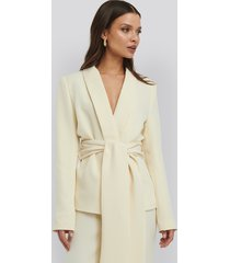 na-kd trend wide belted blazer - white