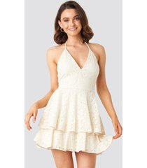 queen of jetlags x na-kd halter neck lace dress - white