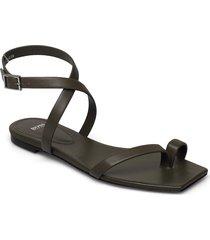 lily flat inf-c shoes summer shoes flat sandals svart boss