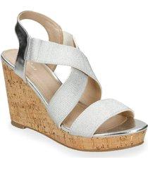 sandalias gris bata wakey r mujer