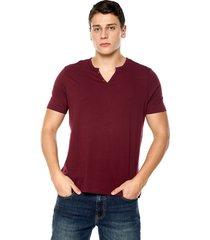 camiseta con botones de hombre-vinotinto polovers