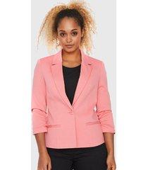 blazer vero moda rosa - calce ajustado