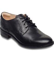 netley rose snörade skor låga svart clarks