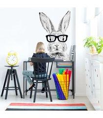 królik cz-b w czarnych okularach - naklejka