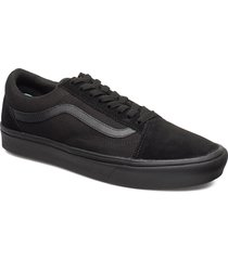 ua comfycush old skool låga sneakers svart vans