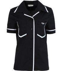 black and white trim short-sleeve shirt