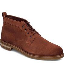 foxwell mid desert boots snörskor brun clarks