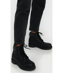 nly shoes lace boot flat boots