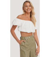 na-kd trend off-shoulder topp med puff - white
