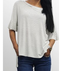 coin 1804 womens step hem ruffle sleeve t-shirt