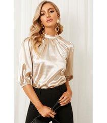 blusa de media manga con cuello alto y diseño plisado de satén yoins