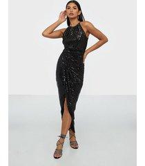 tfnc tove sequin maxi dress fodralklänningar
