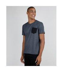 camiseta masculina com bolso manga curta gola careca cinza mescla escuro