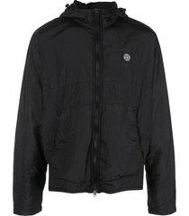 stone island logo patch hoodie - black