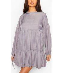 chambray gelaagde gesmokte jurk met strikmouwen, blauw