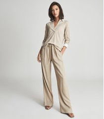 reiss georgia - fine jersey shawl collar top in neutral, womens, size xl