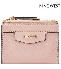 billetera nine west  cara small zip wallet- rosa