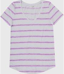 camiseta blanco-morado gap