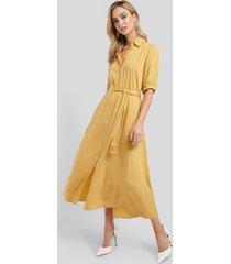 na-kd puff sleeve belted midi dress - yellow