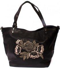 cartera flores bordadas negro mailea