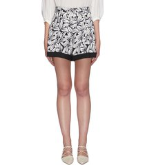 'lilian' belted floral shorts