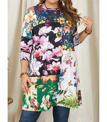camicetta a maniche lunghe con stampa floreale patch plus con tasca