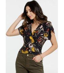 blusa feminina transpassada floral manga curta marisa