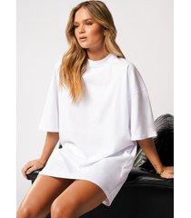 hanna schönberg x na-kd oversize t-shirtklänning - white