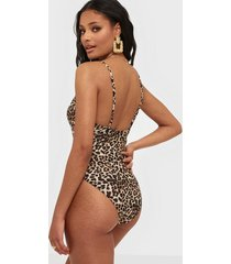 pieces pcnaomi swimsuit sww baddräkter