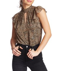 1.state keyhole leopard print top, size x-large in caramel multi at nordstrom