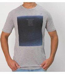 camiseta calvin klein slim masculino - masculino