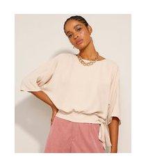 blusa ampla com laço manga curta decote redondo kaki