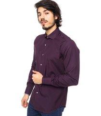camisa violeta de lobos obispo