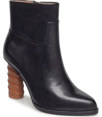 teuthis shoes boots ankle boots ankle boot - heel svart tiger of sweden