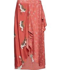 skirt in sky print w. dot print det knälång kjol rosa coster copenhagen