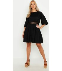 gehaakte kanten linnen gesmokte jurk, zwart
