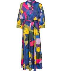 d1. splendid floral dress knälång klänning multi/mönstrad gant