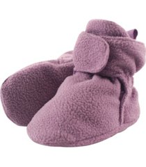 luvable friends baby boys and girls fleece booties