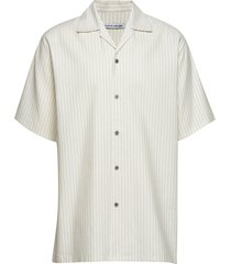 carter shirt - pinstripe overhemd met korte mouwen crème martin asbjørn