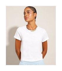 blusa básica com manga curta dobrada branca
