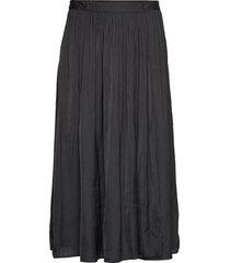 sc-pamela knälång kjol svart soyaconcept