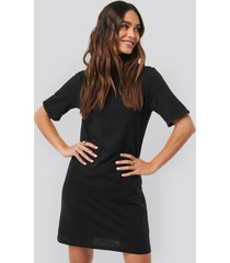 na-kd basic polo neck t-shirt dress - black