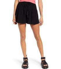 women's love, fire ruffled tiered shorts, size medium - black