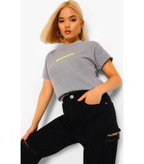 petite acid wash gebleekt 'dramatic' t-shirt met tekst, pale grey