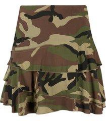 r13 camouflage print mini skirt - green