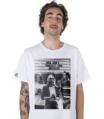 camiseta masculina stoned nirvana branco