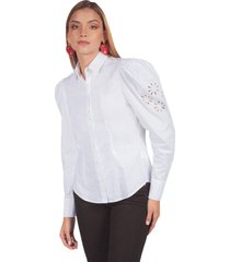 camisa adrissa con bordado