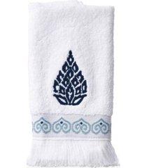 peri capri medallion fingertip towel bedding